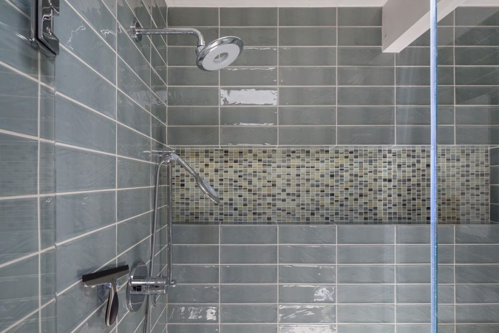 Modern Bath Details: Tile and Fixtures