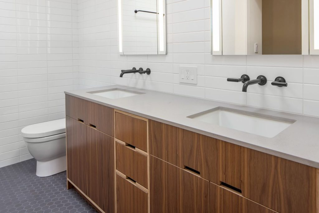 Elegant Modern Basins for Two