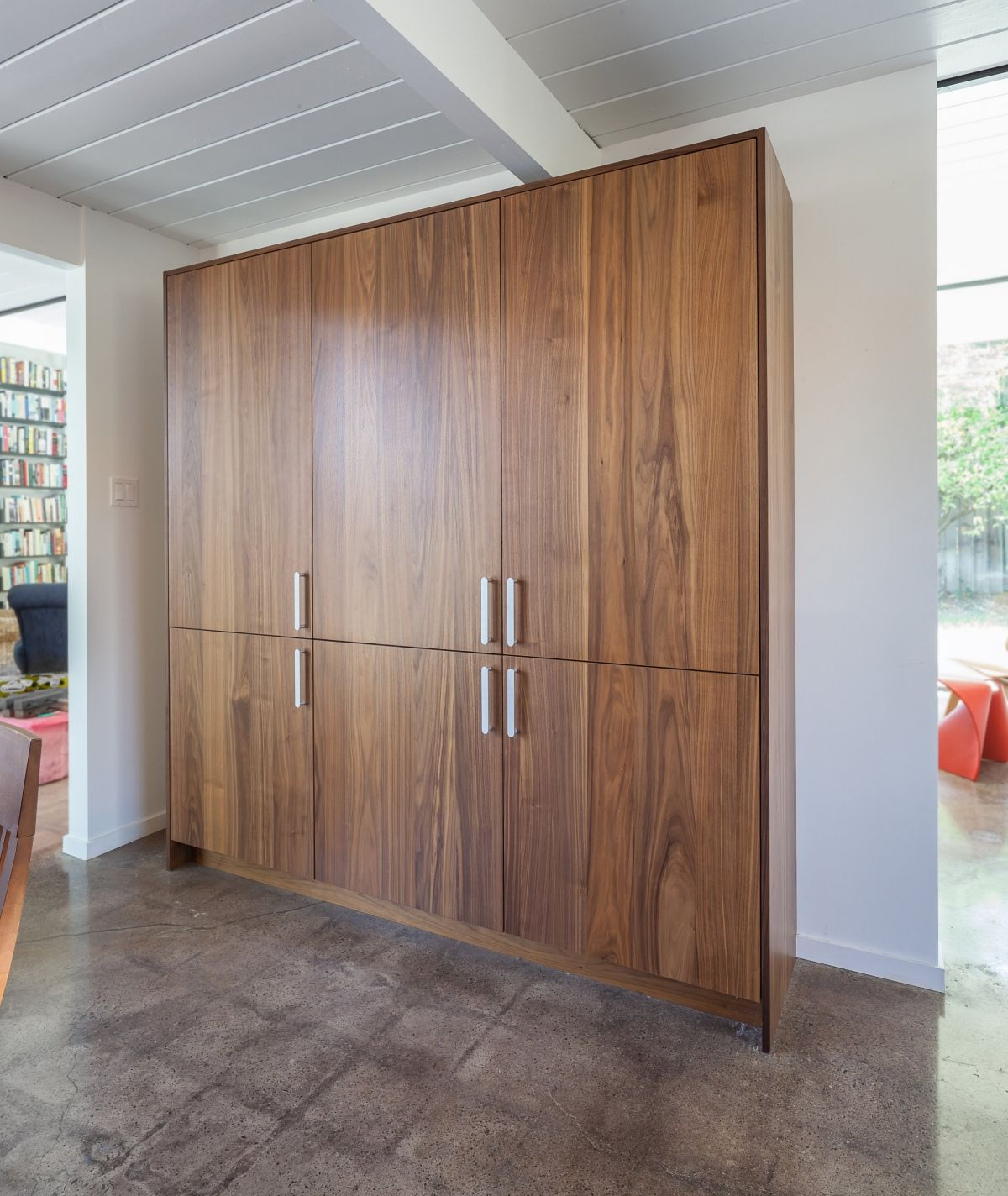 Clutter Control with Cabinets