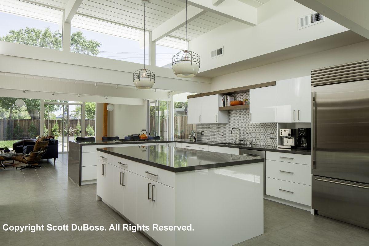 Amazing Ultra-Modern Kitchen