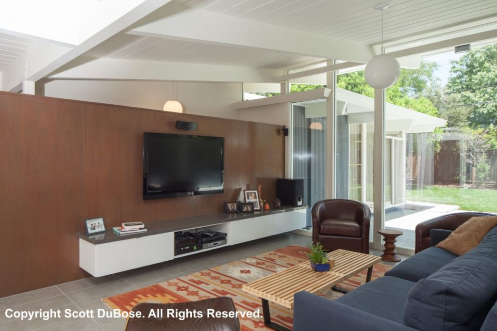 Keycon Eichler remodel delivers entertainment and outdoors