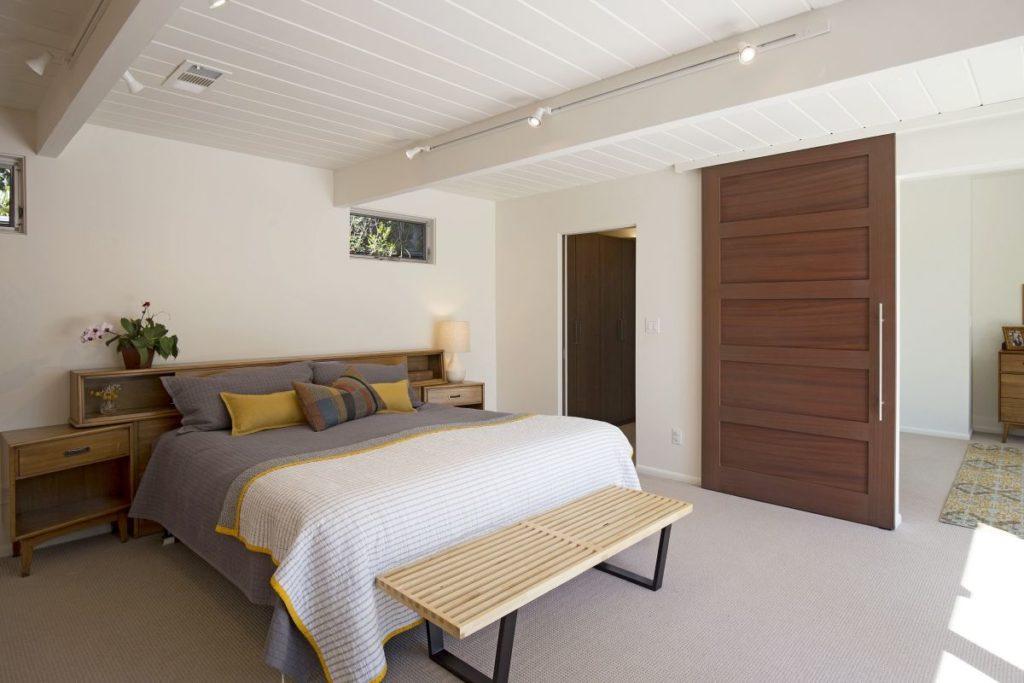 Hidden spaces maximizes storage, minimizes clutter.