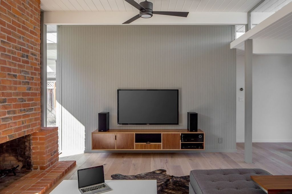 The place to hang out and watch flix.