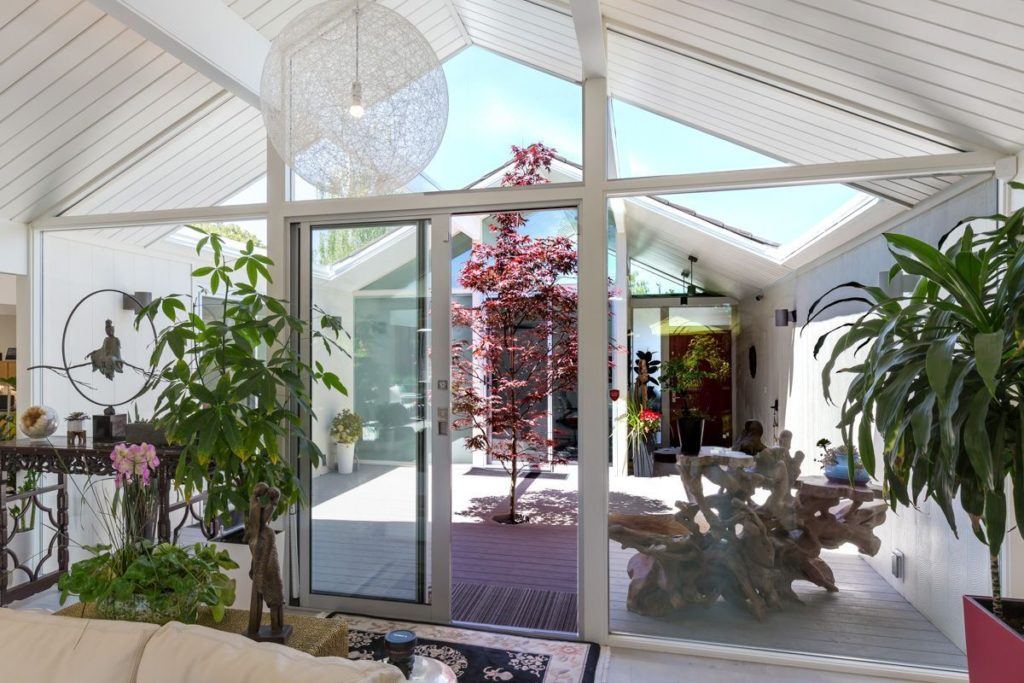 Merging indoors and outdoors with the ultimate atrium.