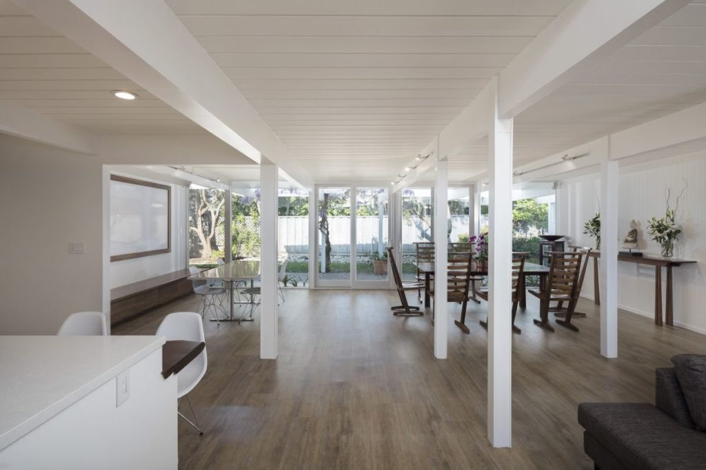 This Keycon remodel opens walls to maximize living.
