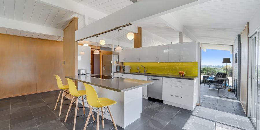 New Brunswick - San Mateo Bright Kitchen
