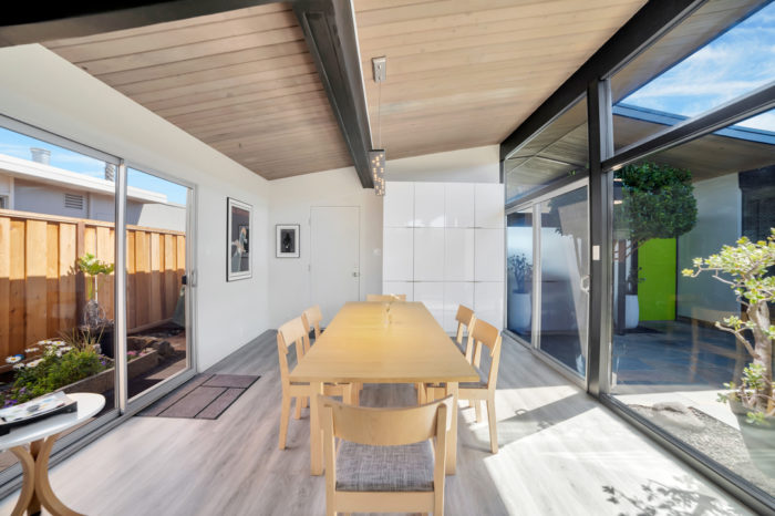Keycon-remodeled Eichler dining with an airy view to the atrium