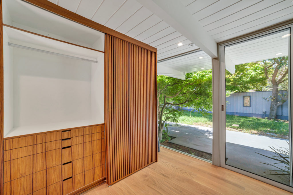 Now you see it. Secret storage for this Keycon-remodeled San Mateo Eichler