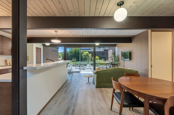 Keycon remodel connects indoors and out with natural finishes