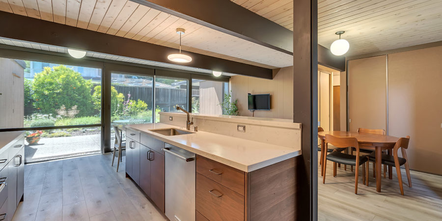 Keycon-remodeled kitchen reverse view, combining form and function in the Eichler tradition